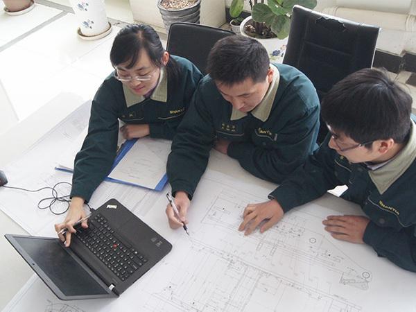 专用的设备研发团队